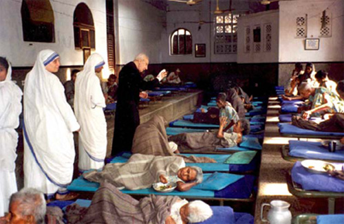 Father Hardon Visits Mother Teresa's House of the Dying in Calcutta